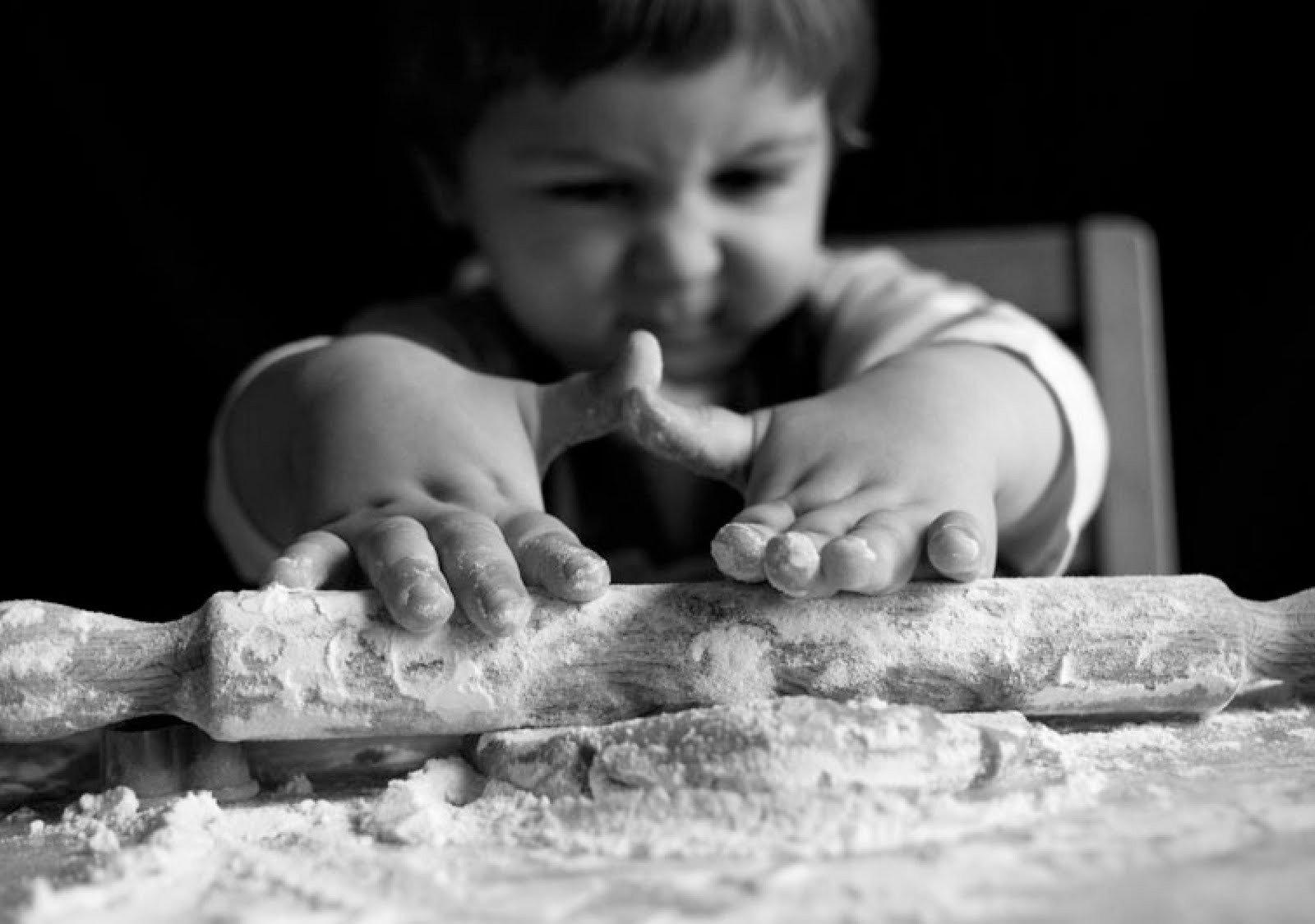 Come intrattenere e giocare in casa con bambini piccoli dai 12 mesi in su